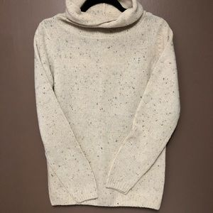 Pull&Bear • Off-White Speckled Sweater • Small